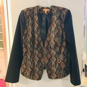 Ellen Tracy jacket size Large new comes with gift